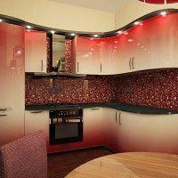 крашеный кухонный гарнитур с гнутыми фасадами