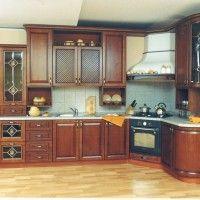 классические угловые кухни с радиусным фасадом