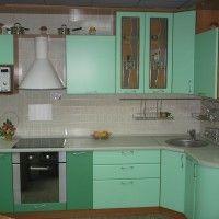 кухонные гарнитуры зеленые