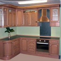 фото коричневый кухонный гарнитур в классическом стиле