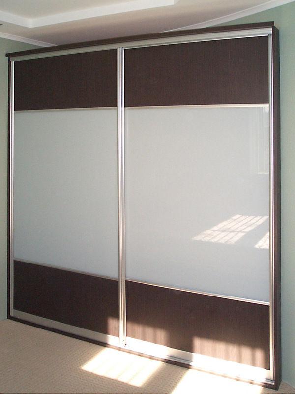 Примеры шкафов купе на заказ, варианты дверей купе.