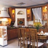 угловая кухня в классическом стиле под дерево с витражами
