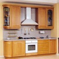 классический кухонный гарнитур с гнутыми фасадами