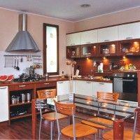 комбинированная угловая кухня с пленочными фасадами