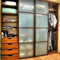 встроенный шкаф купе 4 двери с вставками из матового стекла