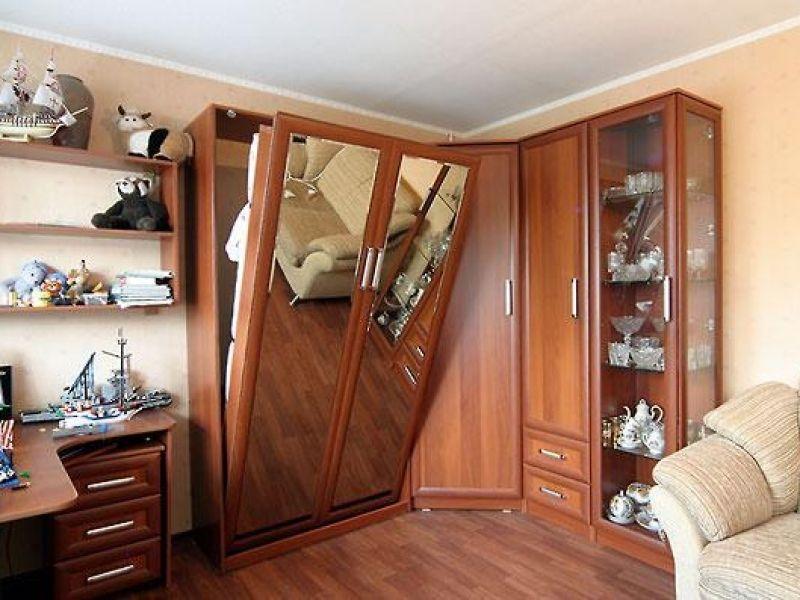 Кровать в зале фото