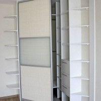 угловой шкаф-купе с наружными полками