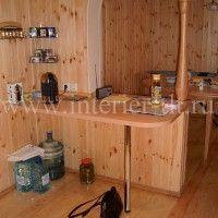 белые кухонные гарнитуры с барной стойкой