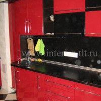 красные кухонные гарнитуры с барной стойкой фото