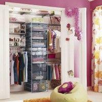 маленькая гардеробная в детской комнате