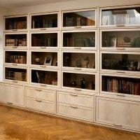 белый книжный шкаф классика