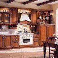темная кухня в классическом стиле с подсветкой