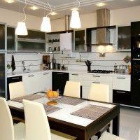 черно белый кухонный гарнитур угловой со встроенной духовкой