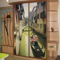 трехдверный шкаф-купе в прихожую с фотопечатью венеция