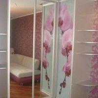 угловой шкаф-купе с фотопечатью орхидеи